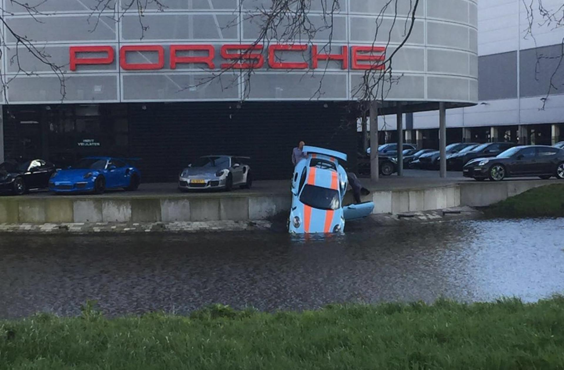 Dejte tomu Porsche pořádně napít